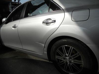 トヨタ・マークⅩ リヤドア、リヤフェンダー板金塗装
