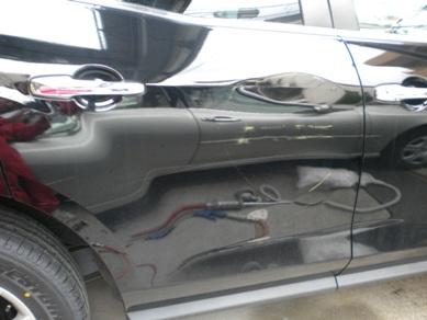 マツダ、CX7、リヤドアの板金塗装
