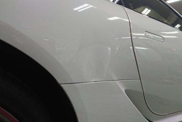 レクサスLC500/広範囲の凹み修理